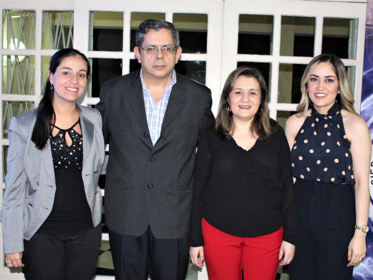 Dres. Irene Benítez, Gustavo Benítez, Stela Samaniego y Pamela López