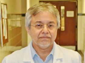 Dr. Martín Moreno Giménez